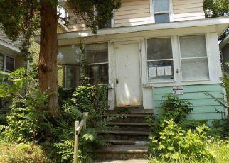Casa en ejecución hipotecaria in Albany, NY, 12210,  LARK ST ID: P1505023