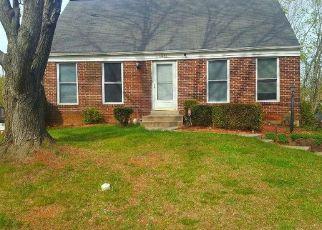 Casa en ejecución hipotecaria in Woodbridge, VA, 22193,  PRINCEDALE DR ID: P1505546