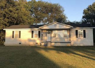 Foreclosure Home in Columbia, TN, 38401,  LAKESIDE DR ID: P1506268
