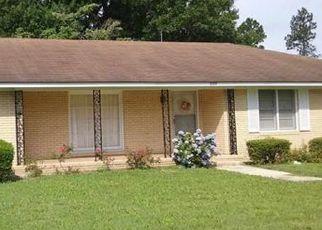 Casa en ejecución hipotecaria in Sylvania, GA, 30467,  WAYNESBORO HWY ID: P1506669