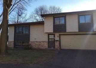 Casa en ejecución hipotecaria in Minneapolis, MN, 55443,  YORK LN N ID: P1508851