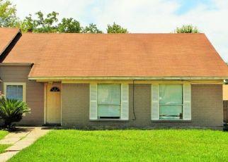 Foreclosure Home in Harvey, LA, 70058,  BRECKENRIDGE DR ID: P1509324