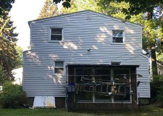 Casa en ejecución hipotecaria in Stratford, CT, 06614,  ALBRIGHT AVE ID: P1510990