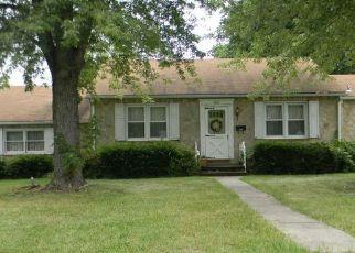 Casa en ejecución hipotecaria in Linthicum Heights, MD, 21090,  MEDORA RD ID: P1512008