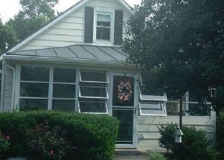 Casa en ejecución hipotecaria in Rixeyville, VA, 22737,  HOLLY SPRINGS RD ID: P1512584