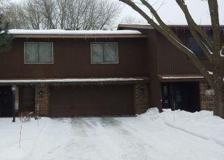 Casa en ejecución hipotecaria in Minneapolis, MN, 55437,  NESBITT RD ID: P1515302