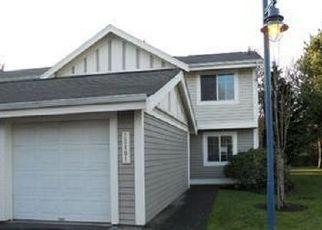 Casa en ejecución hipotecaria in Kent, WA, 98032,  54TH AVE S ID: P1518050