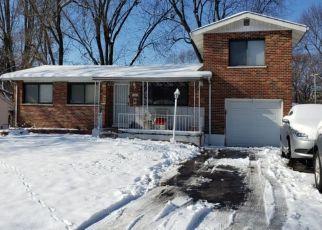 Casa en ejecución hipotecaria in Hazelwood, MO, 63042,  MARLAC DR ID: P1519584