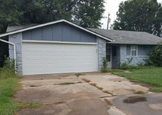 Foreclosure Home in Okmulgee county, OK ID: P1521145