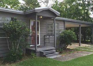 Foreclosure Home in Ocean Springs, MS, 39564,  CAROLYN DR ID: P1522267