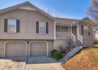 Casa en ejecución hipotecaria in Lees Summit, MO, 64086,  NE GRAND AVE ID: P1522277