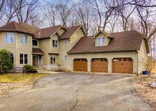 Casa en ejecución hipotecaria in Maple Plain, MN, 55359,  TIMBER TRL ID: P1522336