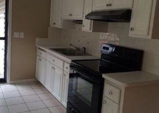 Casa en ejecución hipotecaria in Minneapolis, MN, 55444,  PEARSON CT ID: P1522479