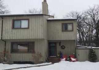 Casa en ejecución hipotecaria in Eden Prairie, MN, 55346,  SAINT JOHNS DR ID: P1522495