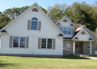 Casa en ejecución hipotecaria in Waterford, PA, 16441,  TIGER LILY LN ID: P1525055