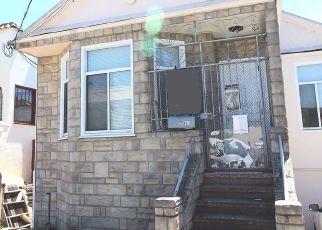 Casa en ejecución hipotecaria in San Francisco, CA, 94112,  FARALLONES ST ID: P1529363