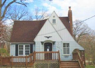 Foreclosure Home in Creve Coeur, IL, 61610,  SYLVAN LN ID: P1529914