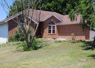 Casa en ejecución hipotecaria in Willard, MO, 65781,  PERSHING ST ID: P1531549