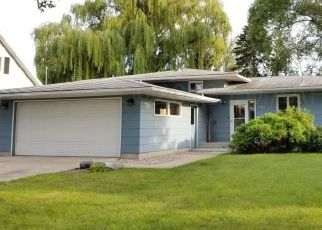 Casa en ejecución hipotecaria in Moorhead, MN, 56560,  25TH AVE S ID: P1531682