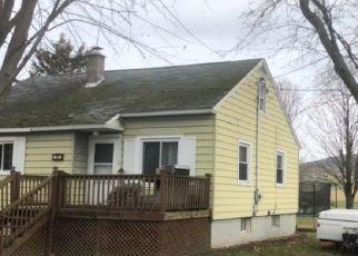 Casa en ejecución hipotecaria in Sherburne, NY, 13460,  CLASSIC ST ID: P1538794