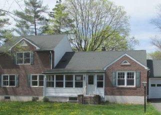 Casa en ejecución hipotecaria in Gilbertsville, PA, 19525,  GILBERTSVILLE RD ID: P1538796