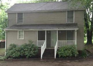 Casa en ejecución hipotecaria in Central, SC, 29630,  HEDGE ST ID: P1539489