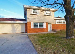 Casa en ejecución hipotecaria in New Berlin, WI, 53151,  S 126TH ST ID: P1540057