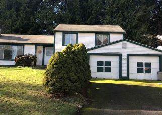 Casa en ejecución hipotecaria in Bremerton, WA, 98311,  HICKORY ST NE ID: P1540638