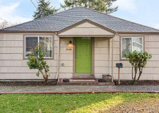 Casa en ejecución hipotecaria in Kelso, WA, 98626,  S 8TH AVE ID: P1540648