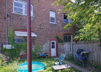 Casa en ejecución hipotecaria in Watervliet, NY, 12189,  BROADWAY ID: P1540969