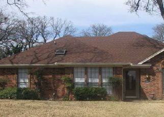 Foreclosure Home in North Richland Hills, TX, 76182,  GREENACRES DR ID: P1541924