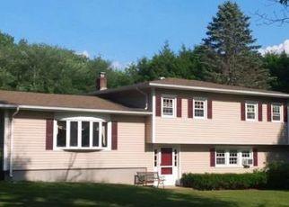 Casa en ejecución hipotecaria in Canterbury, CT, 06331,  TRACY RD ID: P1542831