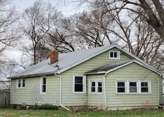 Foreclosure Home in East Peoria, IL, 61611,  KENWOOD ST ID: P1543531