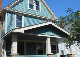 Casa en ejecución hipotecaria in Lakewood, OH, 44107,  SPRING GARDEN AVE ID: P1544349