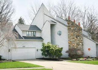 Casa en ejecución hipotecaria in Bay Village, OH, 44140,  ARLINGTON CIR ID: P1544396