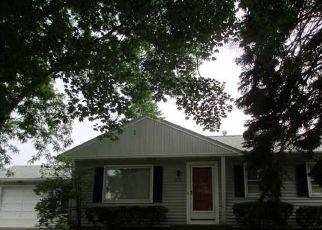 Casa en ejecución hipotecaria in Rochester, NY, 14616,  SANDALWOOD DR ID: P1544858