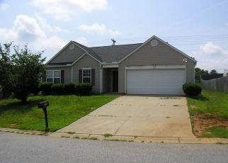 Casa en ejecución hipotecaria in Fountain Inn, SC, 29644,  BARRED OWL DR ID: P1546188