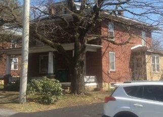 Casa en ejecución hipotecaria in Reinholds, PA, 17569,  OLD LANCASTER PIKE ID: P1546801