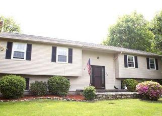 Casa en ejecución hipotecaria in North Granby, CT, 06060,  LOOMIS ST ID: P1548476