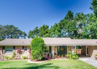 Casa en ejecución hipotecaria in Eustis, FL, 32726,  COUNTRY CLUB RD ID: P1549017