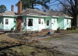 Casa en ejecución hipotecaria in Highland Springs, VA, 23075,  N IVY AVE ID: P1552022