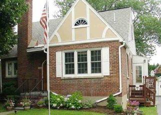 Casa en ejecución hipotecaria in Latham, NY, 12110,  SCHUYLER AVE ID: P1552318