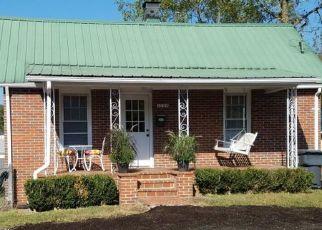 Foreclosure Home in Bristol, TN, 37620,  SAINT JOHN ST ID: P1552982