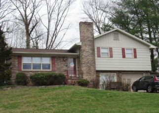 Foreclosure Home in Kingsport, TN, 37663,  LONEWOOD DR ID: P1552991