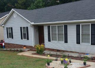 Casa en ejecución hipotecaria in Greer, SC, 29650,  CANEBRAKE DR ID: P1553240