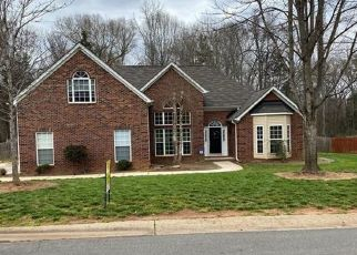 Foreclosure Home in Huntersville, NC, 28078,  VANTAGE POINT LN ID: P1554884