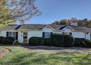 Foreclosure Home in Charlotte, NC, 28216,  CRAPE MYRTLE LN ID: P1555000