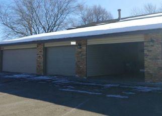 Casa en ejecución hipotecaria in Burnsville, MN, 55337,  HEATHER HILLS DR ID: P1556000