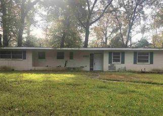 Foreclosure Home in Baton Rouge, LA, 70815,  WOODBINE ST ID: P1556650