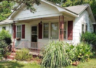 Casa en ejecución hipotecaria in West Columbia, SC, 29169,  GUILFORD ST ID: P1556809